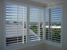 CUSTOMWOOD SHUTTERS